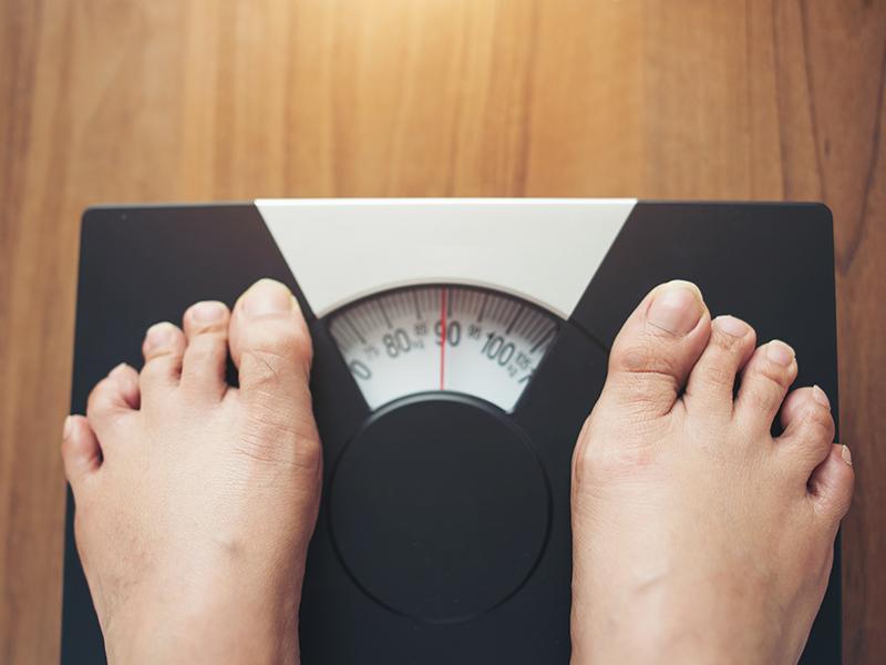 5-ből 4 ember túlsúlyos vagy elhízott 60 év felett - Ezért szedtek fel plusz kilókat az emberek a karantén alatt